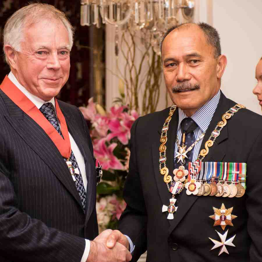 Duncan Mclaren University Of Victoria: Victoria Chancellor Knighted At Government House