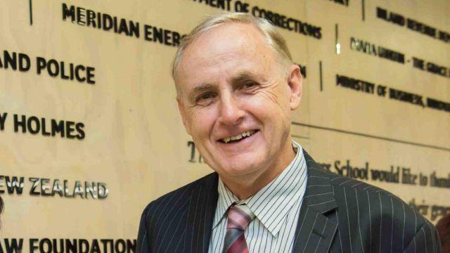 Dr Alan Bollard