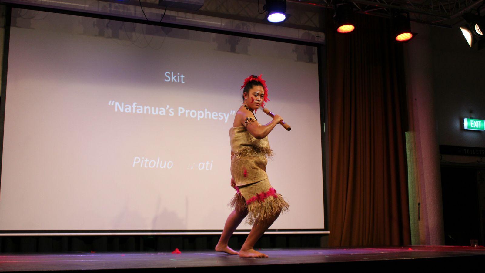 Pitolua Simati Performance