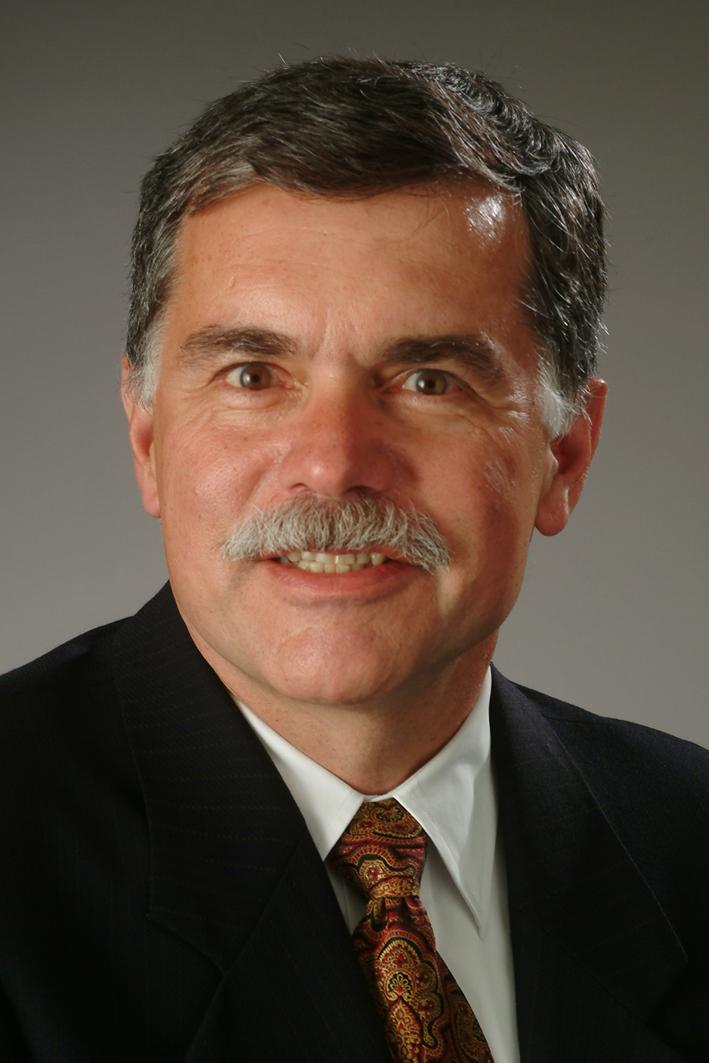 Sid L. Huff profile-picture photograph