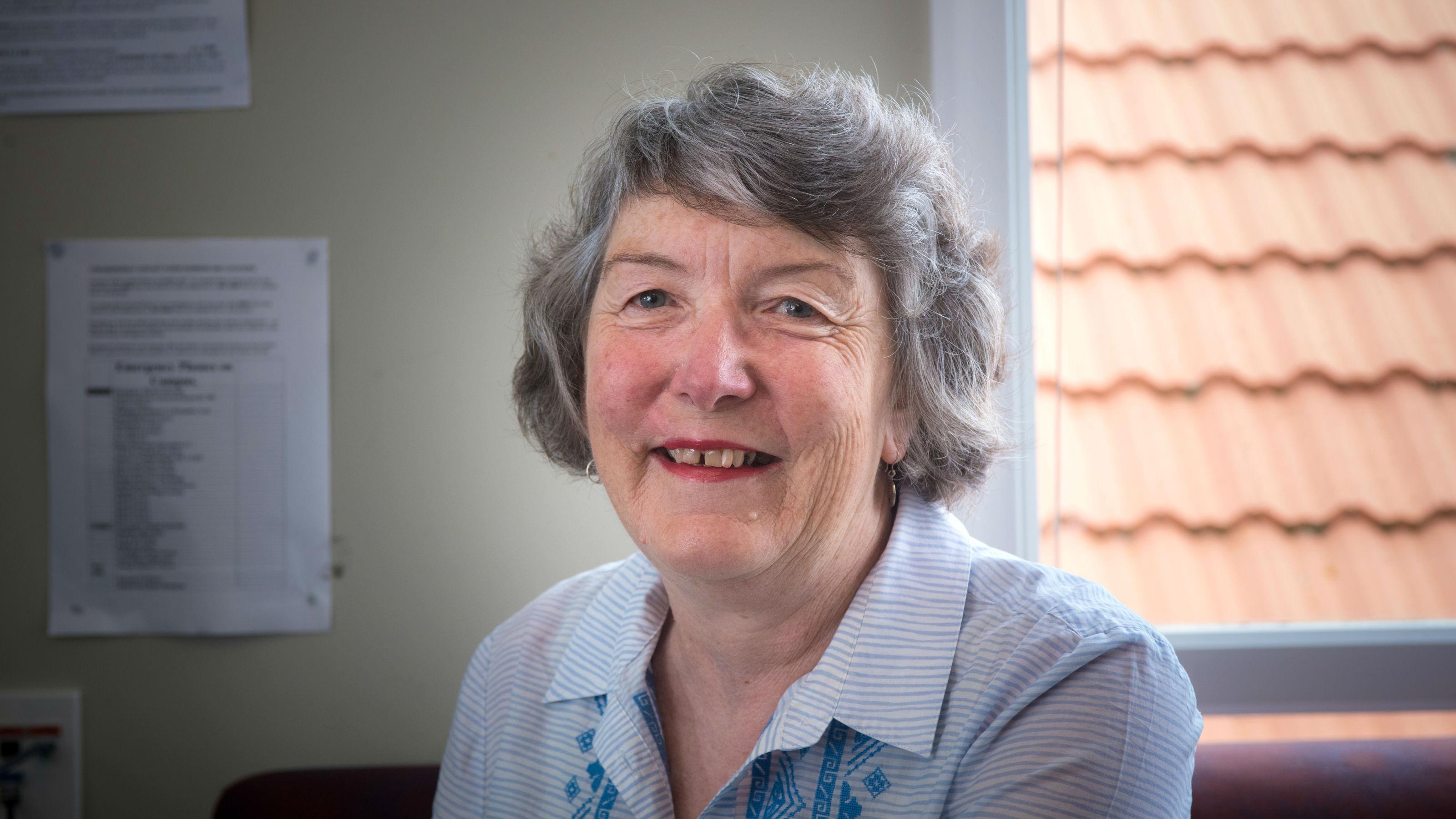 Photo of writer Lynn Jenner, by Robert Cross