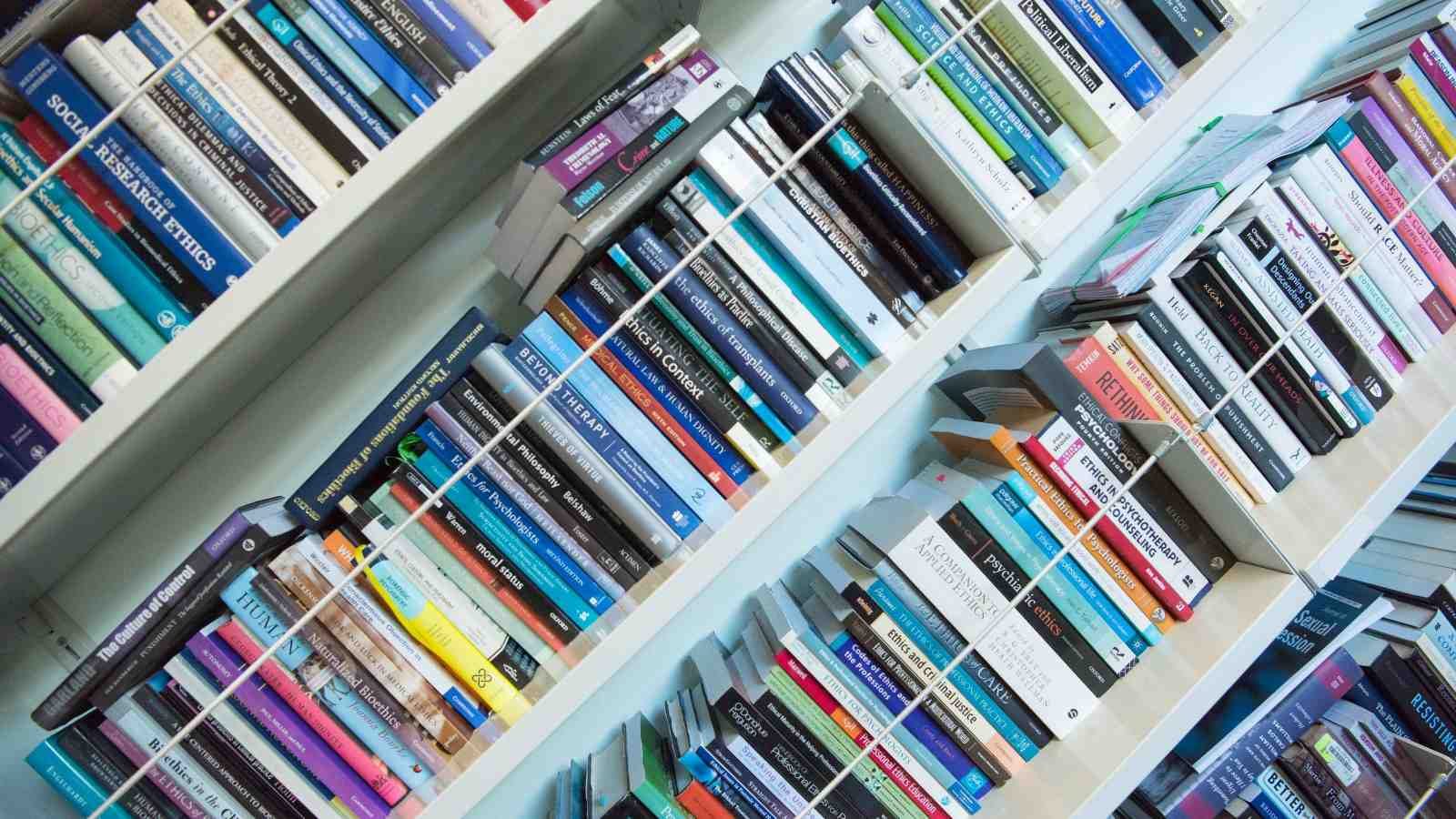 theoretical psychology books on a shelf