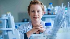 PhD student Lisa Johnston in laboratory