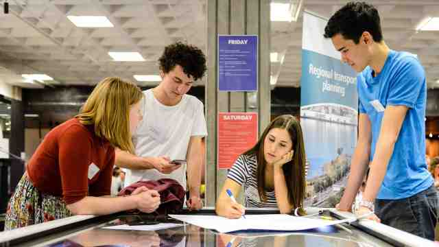 Victoria University students at the National Library of New Zealand