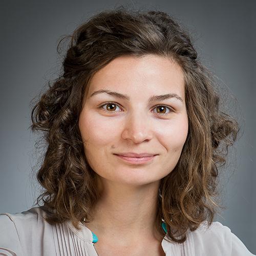 Dr Agnes Szabo profile-picture photograph