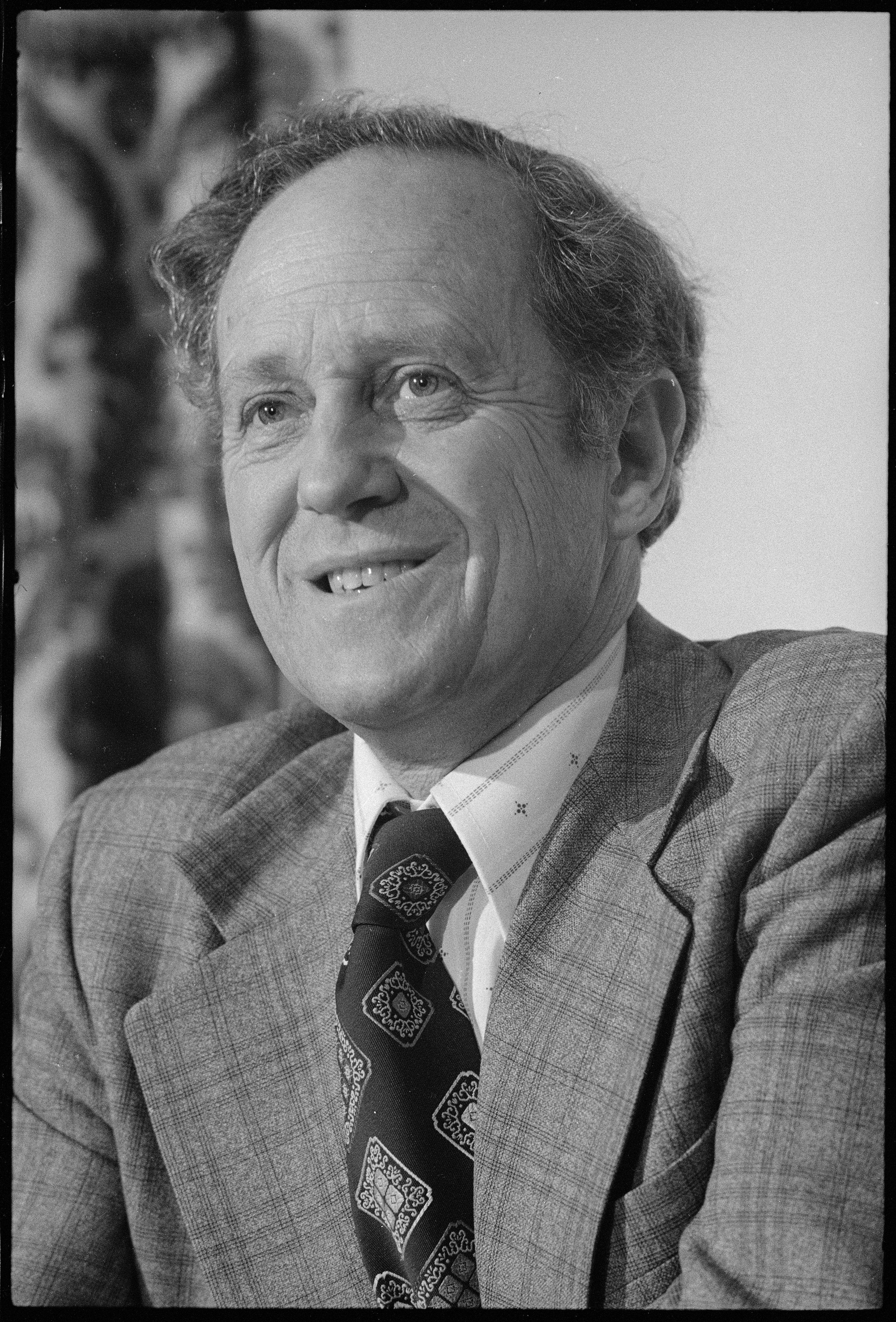 Professor Frank Holmes