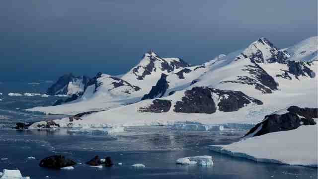 An Antarctic glacier meeting the sea